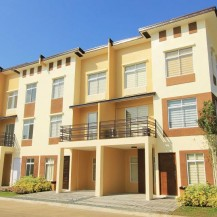 Mabelle Townhouse (3-Storey)